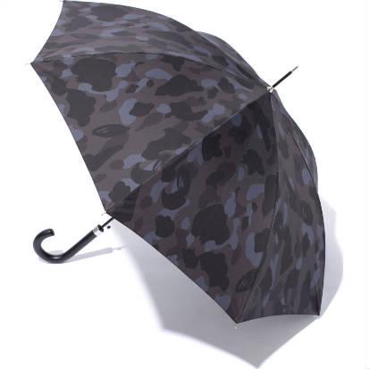 A Bathing Ape Black Camo Umbrella